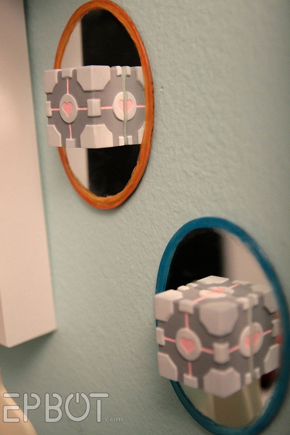 Companion Cube Papercraft Mini Wall Portals & Panion Cubes Nice Detailed Tutorial that
