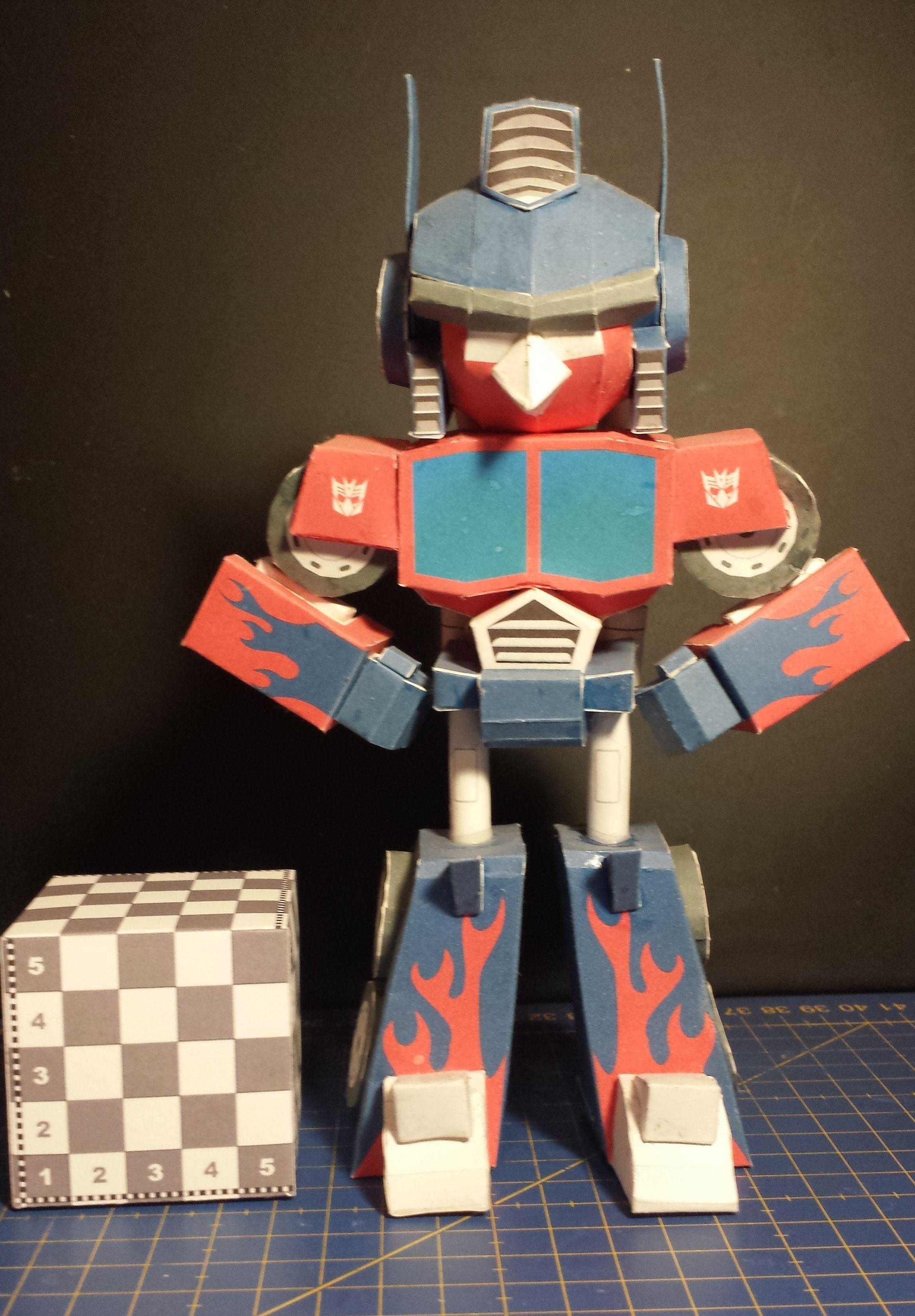 Master Chief Papercraft Figura De Angry Bird Transformers Red Optimus Prime Modelo