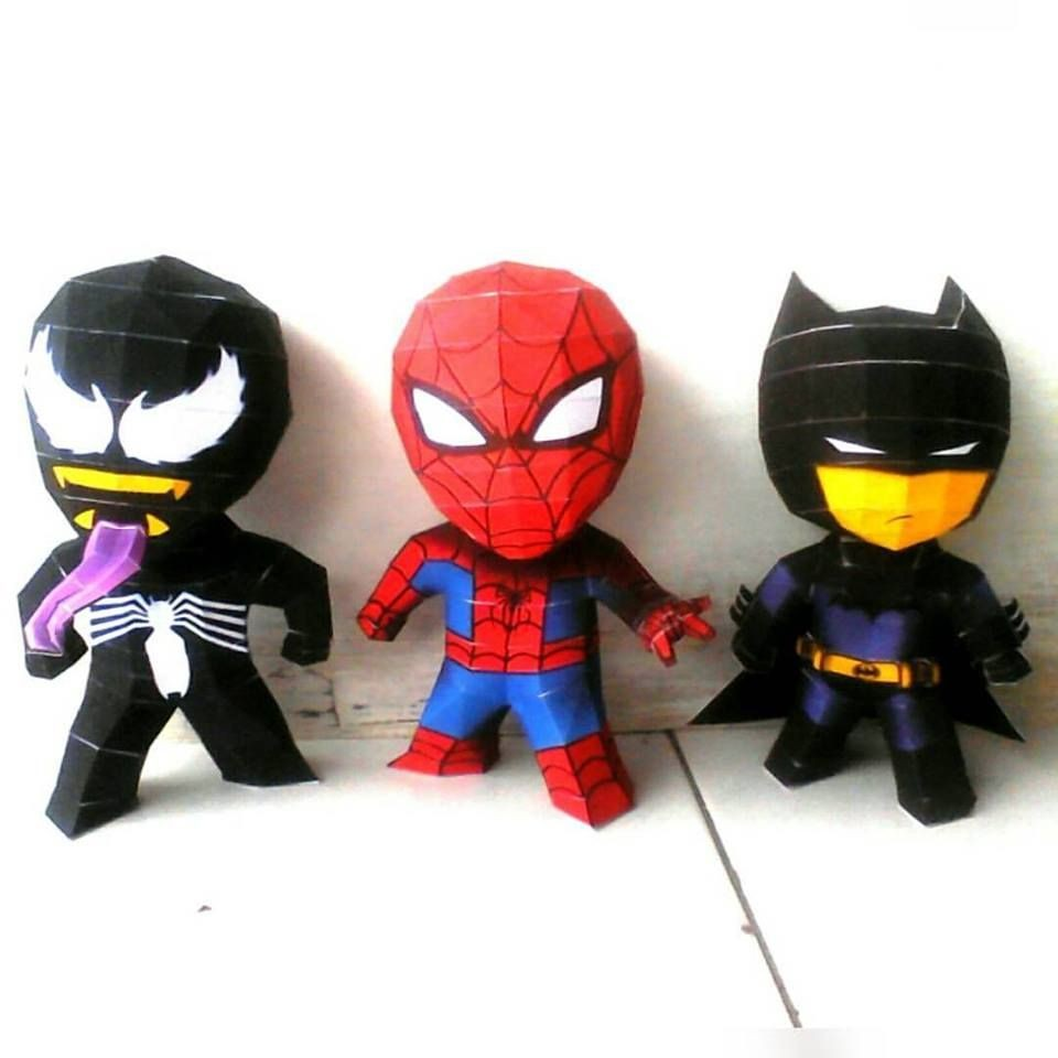 Megaman Papercraft 3 Chiby Superheroes Batman Spiderman & Venom Papermodel