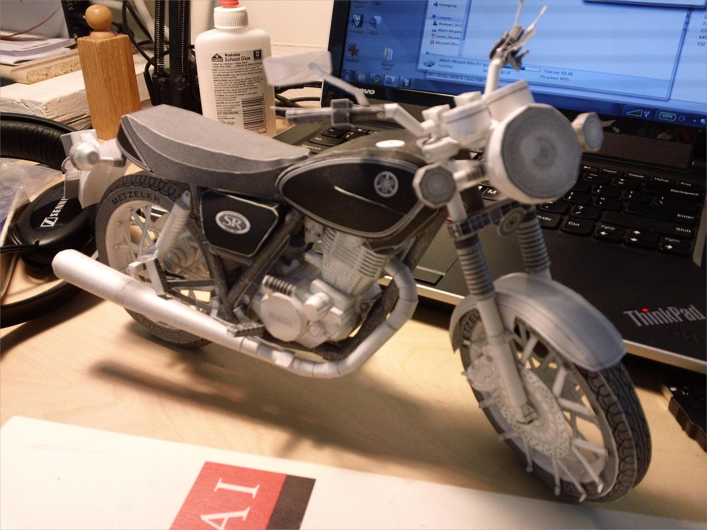 Motorcycle Papercraft Yamaha Motorcycle Papercrafts