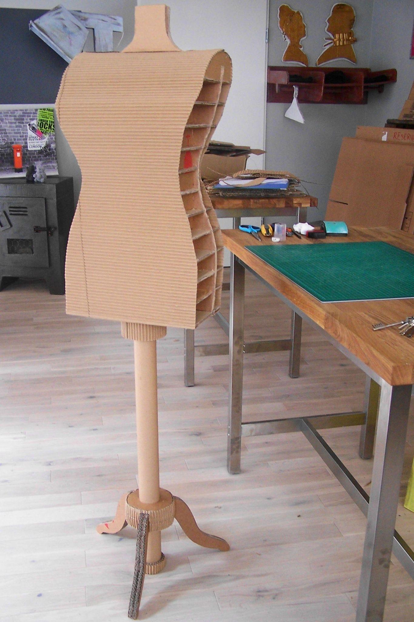 Papercraft Furniture Taille Mannequin Carton Box Gris souris Closets