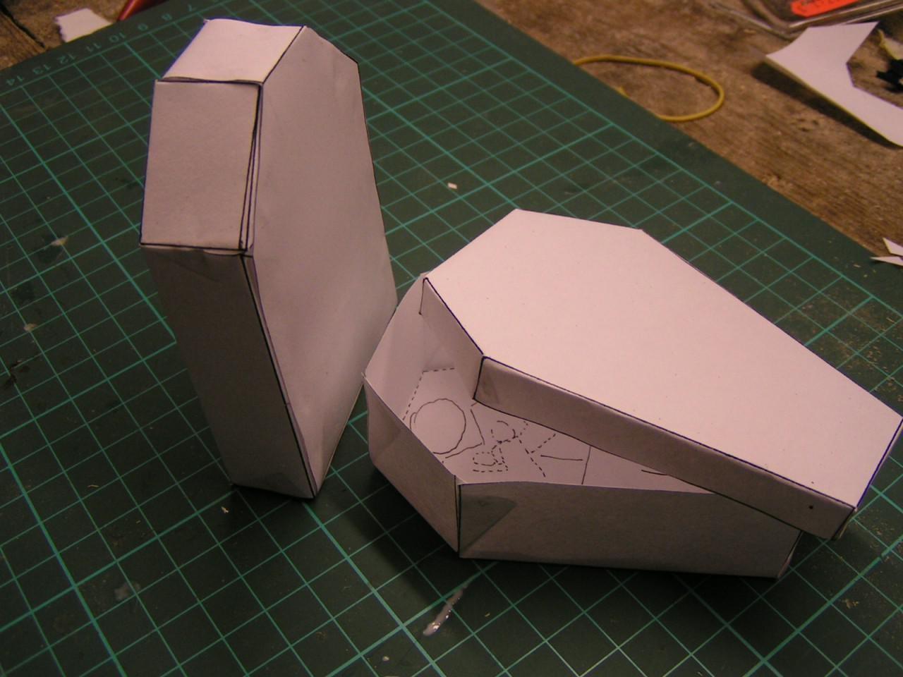 Papercraft Hat Kleiner Papercraft Sarg Und Grabstein Schreibtisch Verzierung Gunook