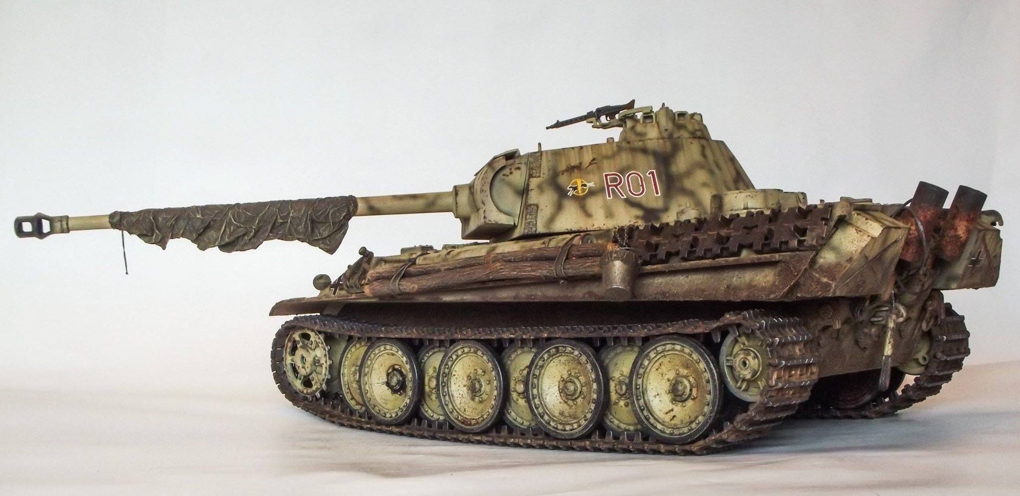 Papercraft Tank O 2048—997