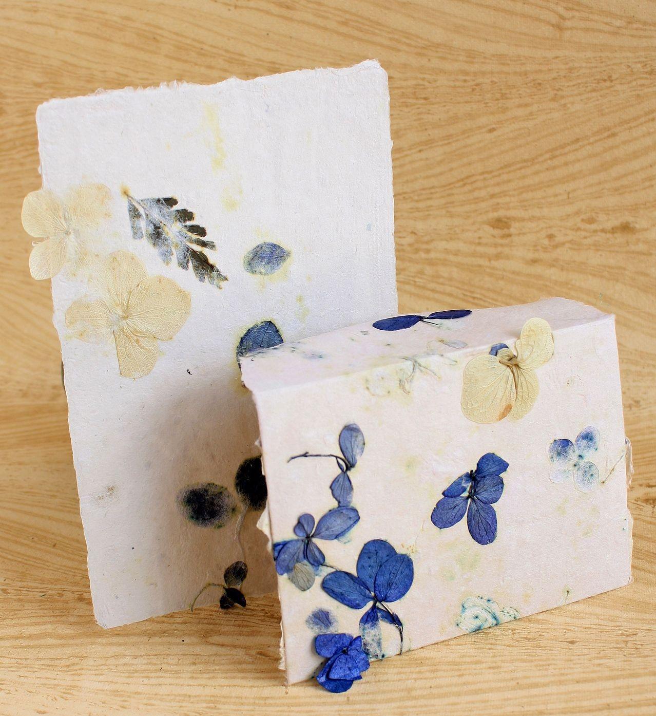Stitch Papercraft Blueberry Muffin Stationery Set