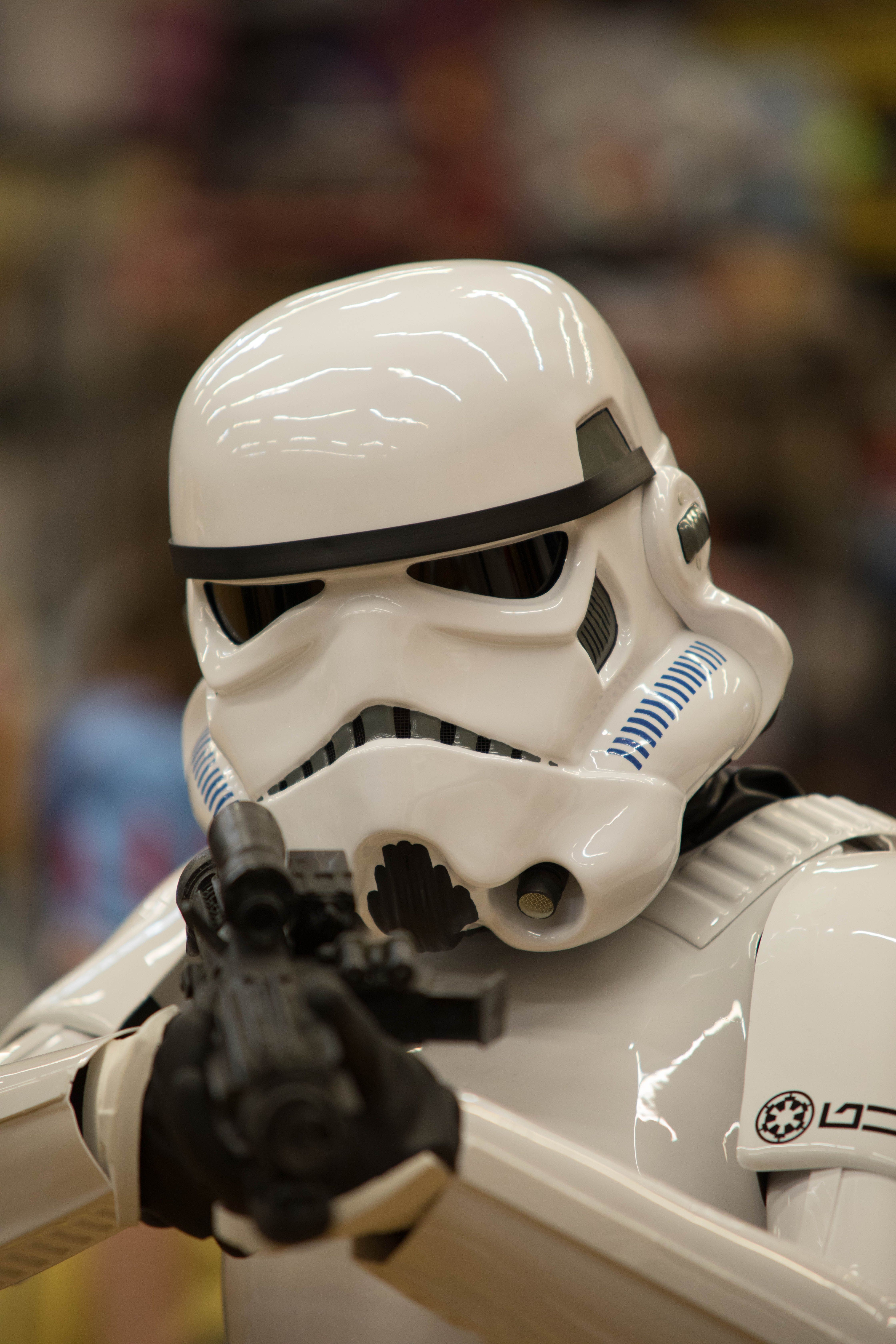 Stormtrooper Papercraft Helmet Stormtrooper Tries to Aim Stormtroopers
