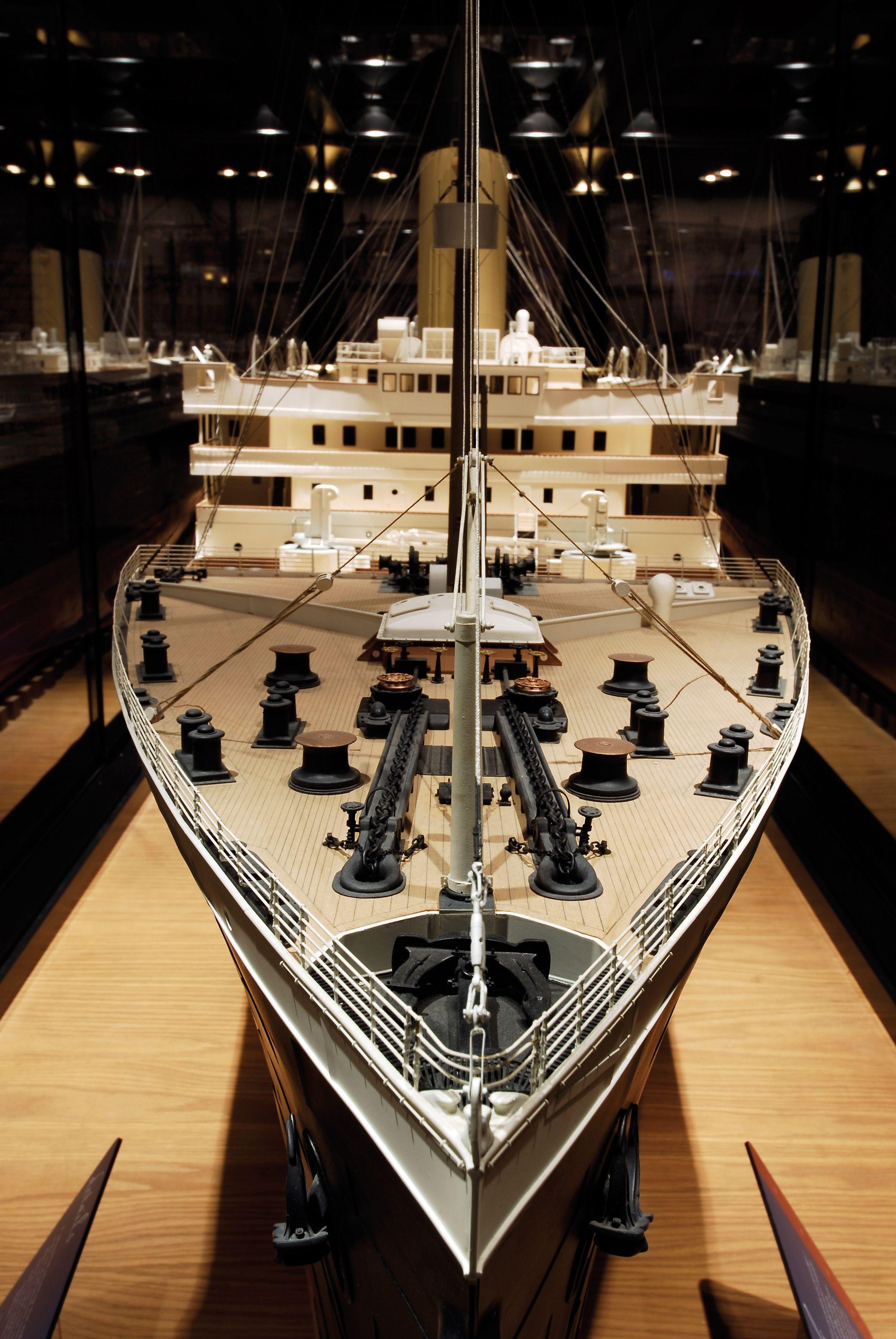 Titanic Papercraft Titanic Replica In Branson Mo